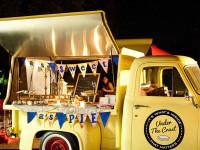 casual wedding food truck dining