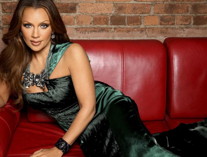Vanessa Williams feature glam  photo