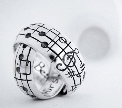 creative-wedding-rings-notes