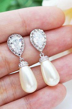 wedding earrings something borrowed