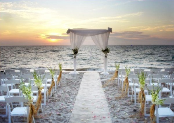 beach wedding ceremony style