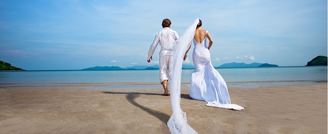 couple celebrating destination weddings