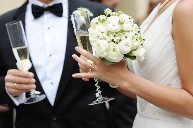 bride and groom 2015 wedding trends