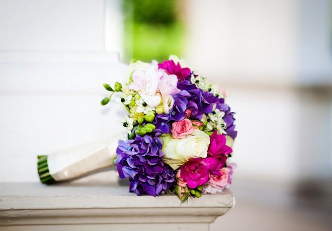 close up of vibrant bridal bouquet