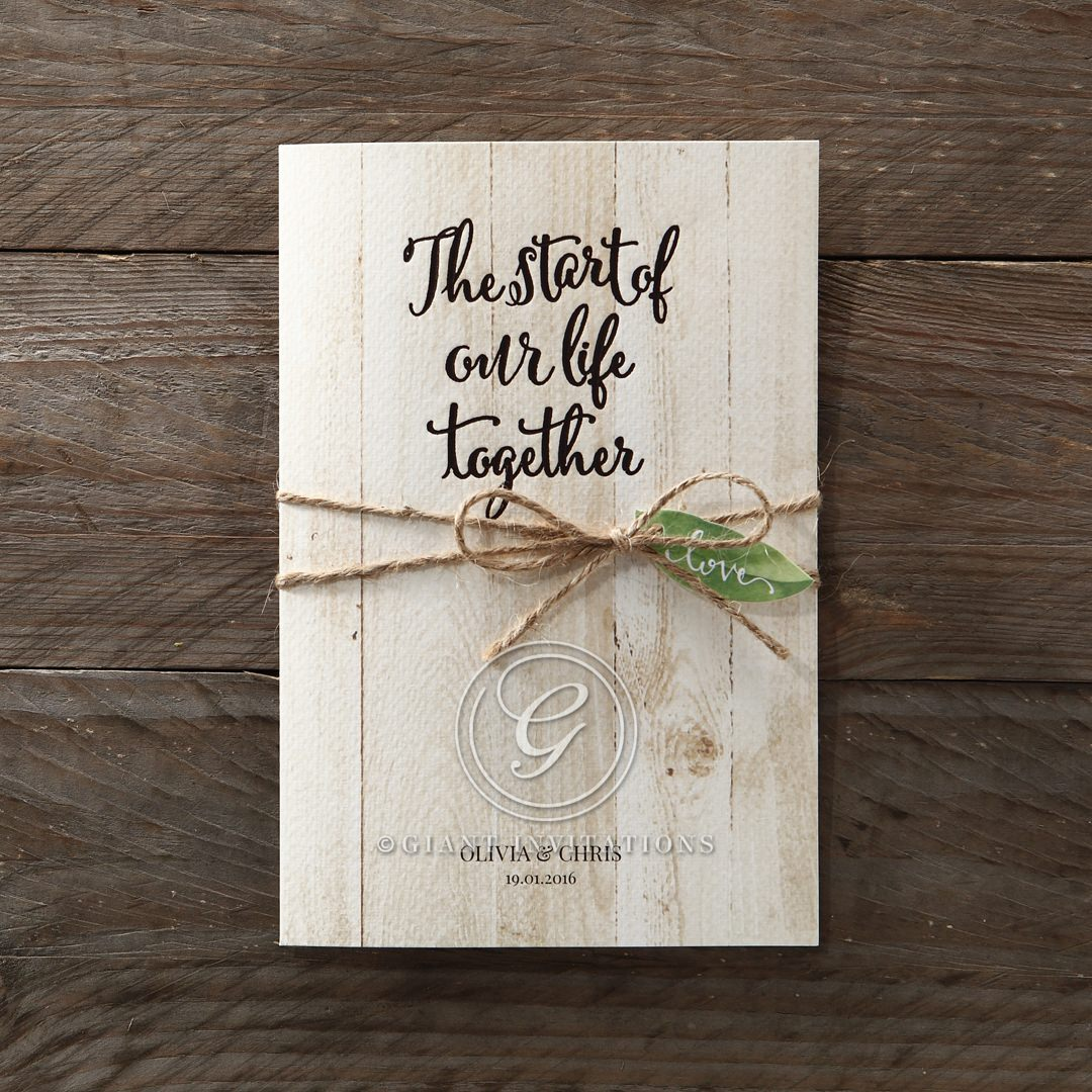 This impressive invite is perfect for outdoor celebrations with its precise wood pattern and shimmering finish. An elegant rustic design for modern brides.